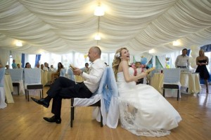 смешные и забавные свадебные конкурсы