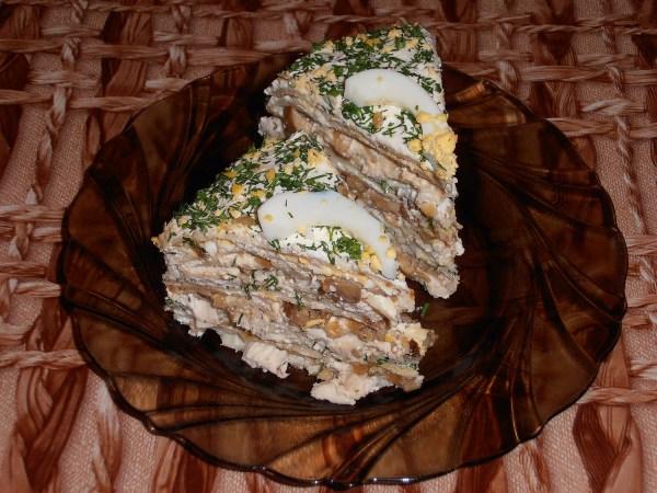 торт из блинов Восторг на День всех влюбленных