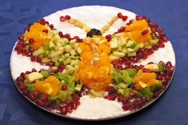 салат в форме бабочки на праздничный стол