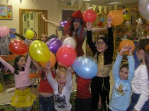 в чем выгода празднования детского дня рождения дома