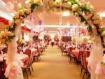 как украсить зал на свадьбу самостоятельно