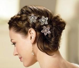 свадебные прически с плетением на средние волосы