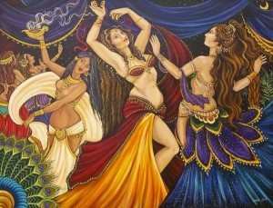 танцуют мужчины переодетые в женщин
