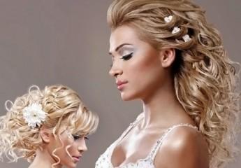 прически с цветами невесте на свадьбу