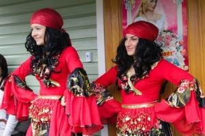 цыганка и ее участие в конкурсе на выкупе