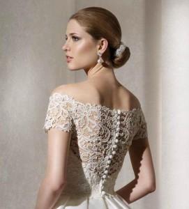 платье с открытой спиной и кружевным верхом
