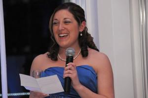 подруга невесты поздравляет молодых стихами
