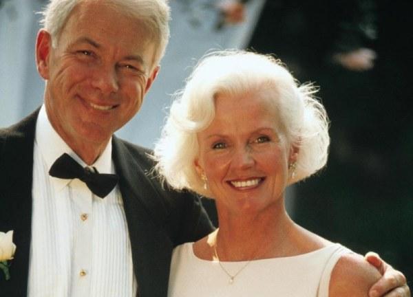 СМС-ки чтобы поздравить родителей со свадебной годовщиной