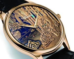 Стильные часы в подарок