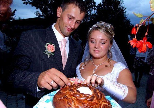 свадебный каравай для молодых