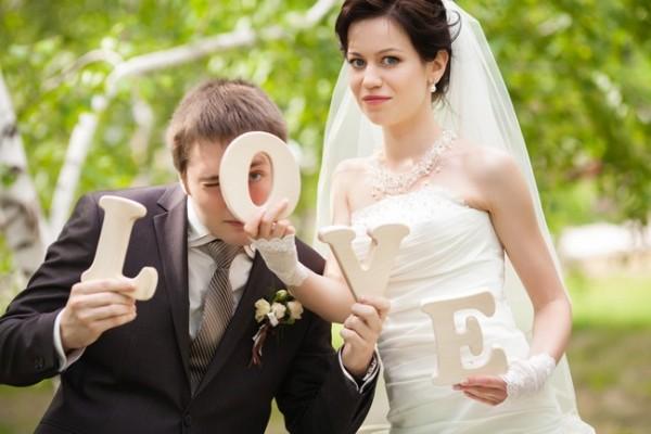 различные буквы для свадебных фотосессий