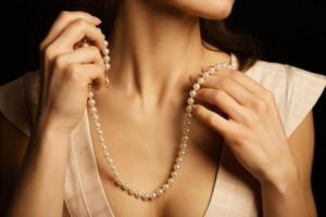 жемчужное ожерелье в подарок
