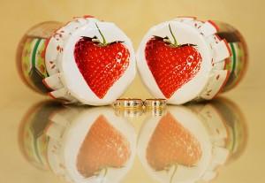 что подарить на клубничную свадьбу