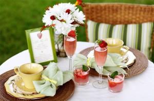 Обряды празднования клубничной свадьбы