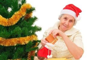 что подарить своей бабушке на Новый год