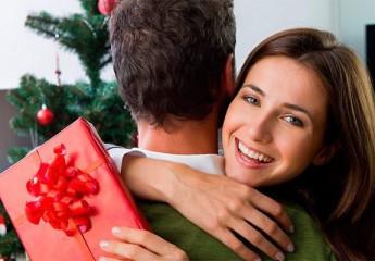 что выбрать и подарить жене на новый год
