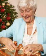 что подарить бабушке на новый год от внучки