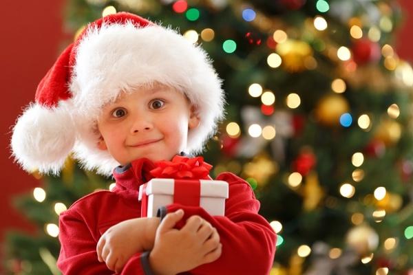 презент маленькому братишке на новый год