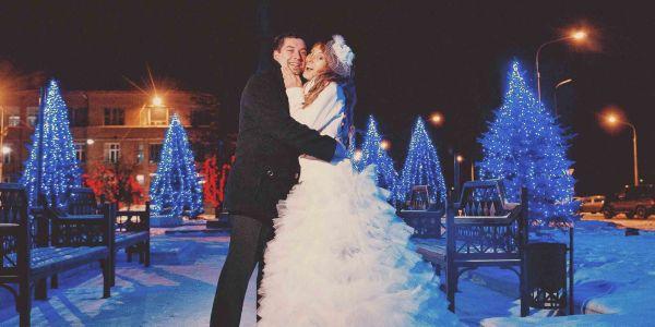 фотосъемка жениха и невесты в городе зимой