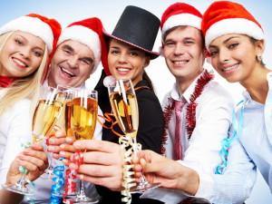 прикольные новогодние сценарии для веселой компании