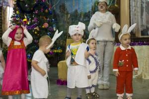 танцы на новогоднем утреннике в детском саду