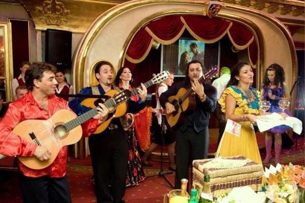 специфическое музыкальное сопровождение свадьбы бохо
