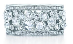 кольцо с бриллиантом Tiffany на свадьбу