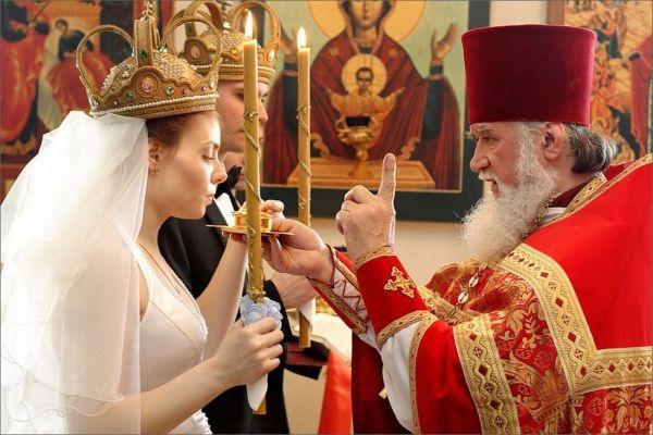 стоимость церемонии венчания