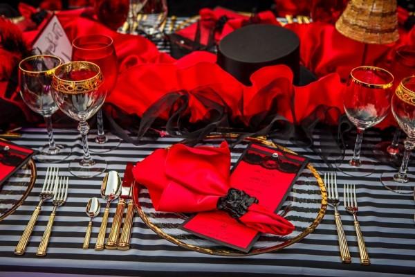 оформление стола на свадьбе в стиле мулен руж