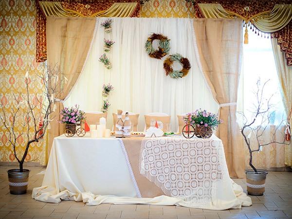 какие используются материалы на свадьбу в стиле рустик