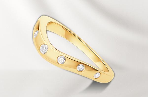 обручальное кольцо Булгари с 7 бриллиантами