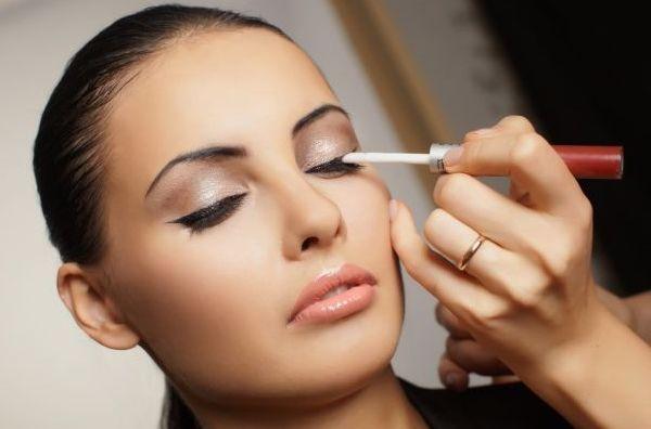 нежный свадебный макияж для карих глаз фото
