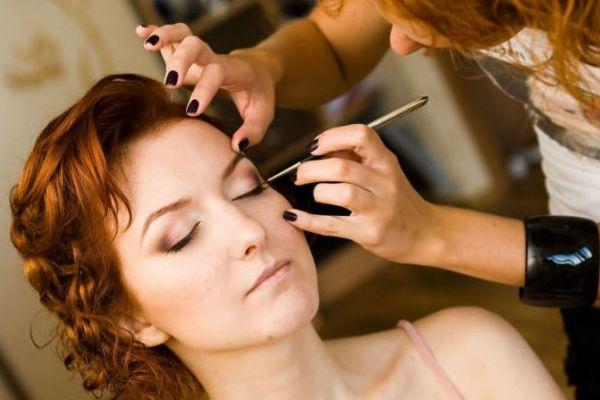 свадебный макияж для карих глаз рыжих