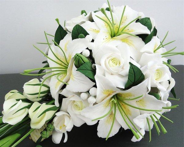 лилии в подарок