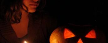гадания для девушек на хэллоуин дома